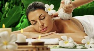 Indonesian Aroma Massage