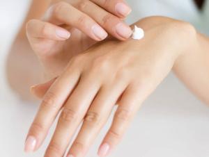 Shea Butter Manicure